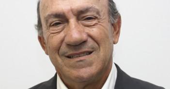 105 Javier López de la Morena 3x3 cm