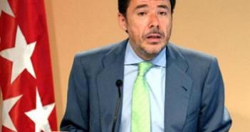 122 Ignacio González 3x3 cm