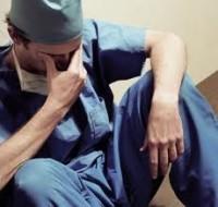 Medico-cansado-2